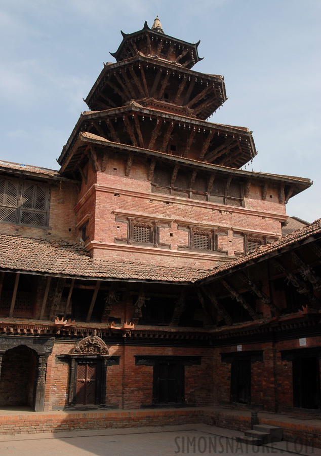 Patan [22 mm, 1/320 sec at f / 9.0, ISO 200]